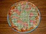 スモークサーモンのサラダピザ